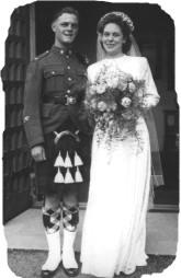 CSM Lyster and his English wife, Eswyn, on the day of their wedding 21 August 1943. Photo courtesy Eswyn Lyster